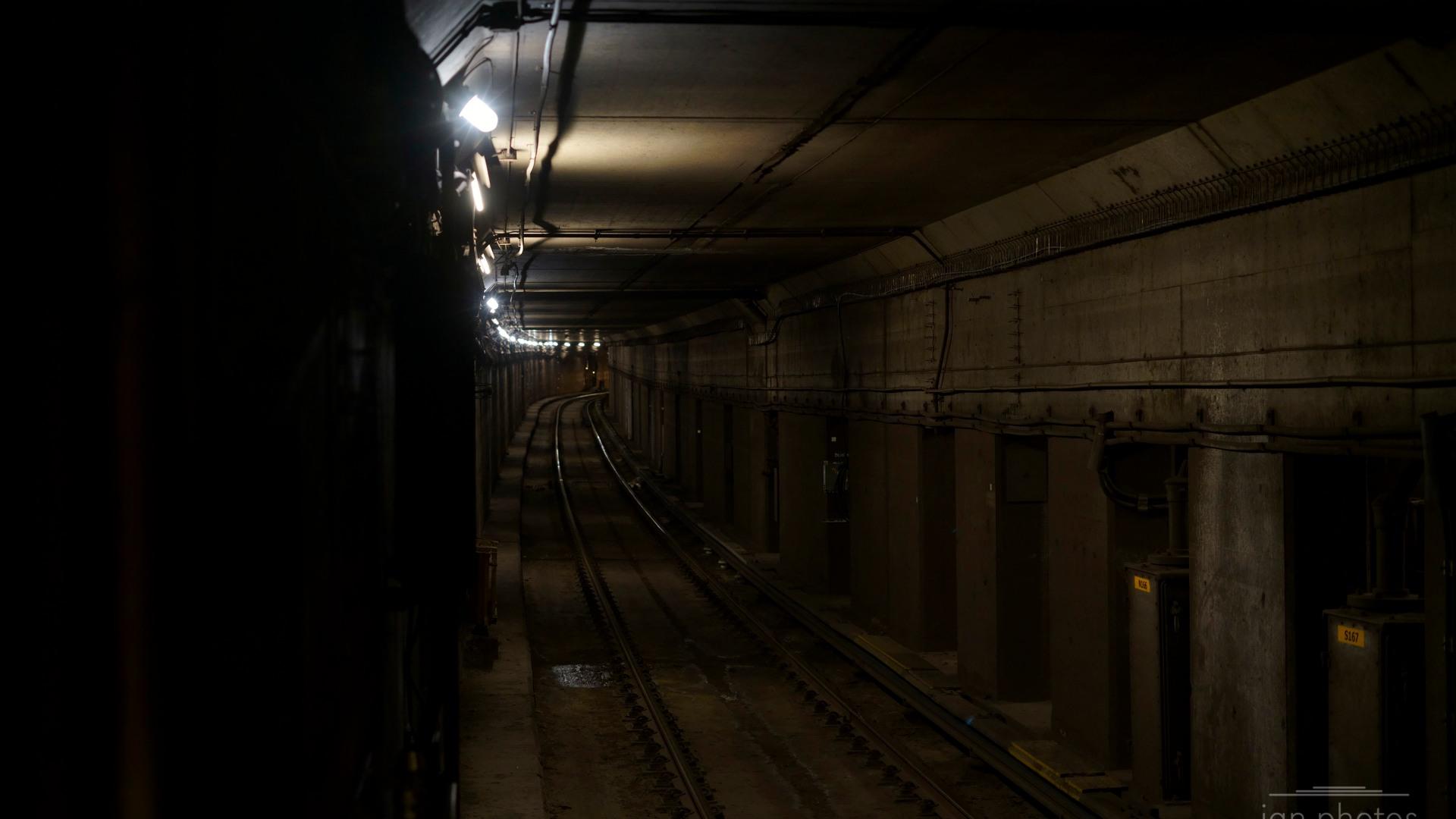 Subway Tunnel TTC | ian.photos