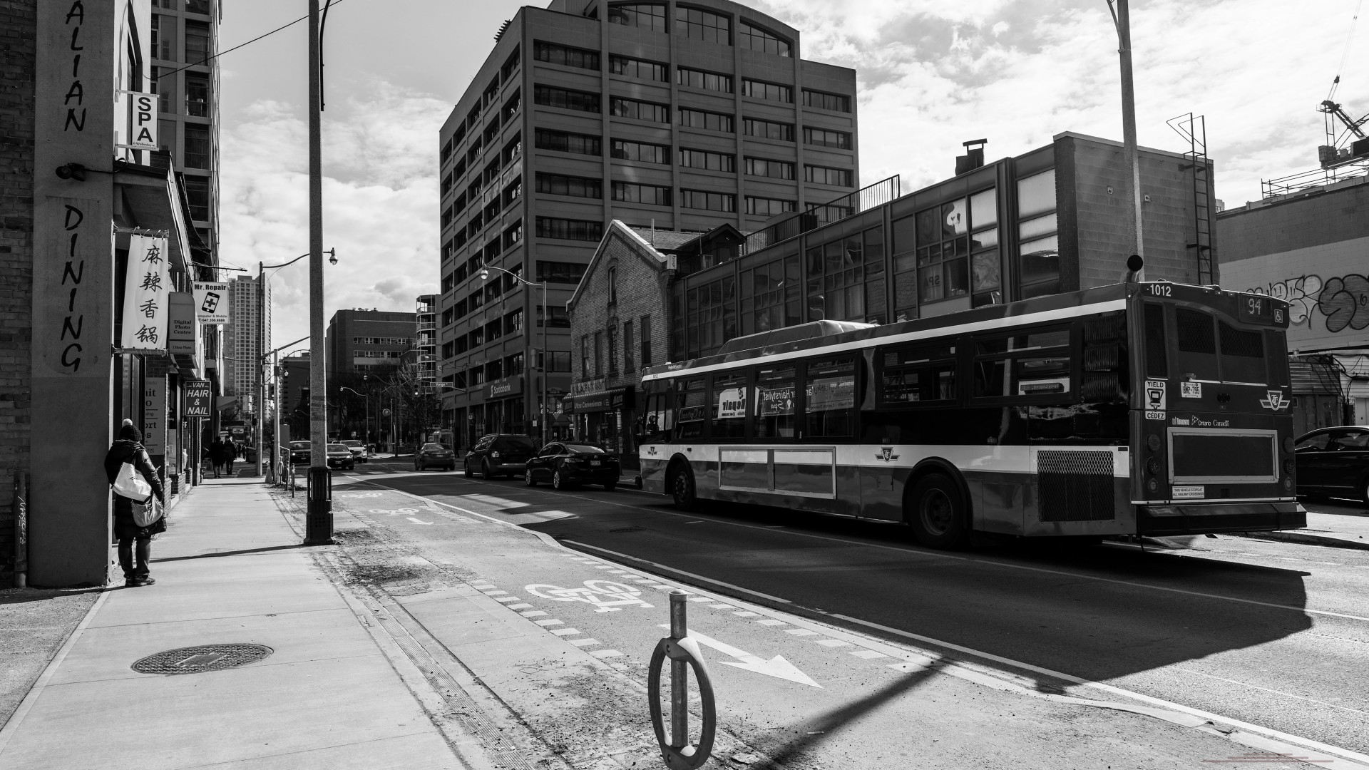 Black and white shot of a bus   ian.photos