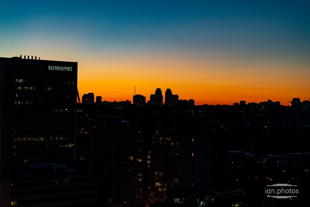 Toronto Skyline at Sun set | ian.photos